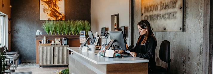 Chiropractic Council Bluffs IA Receptionist Desk